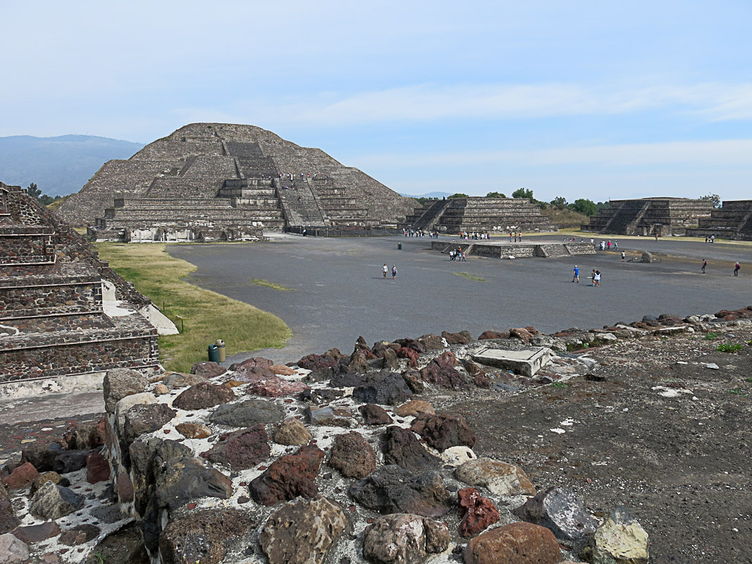 Teotihuacan - Blick zur Nordpyramide