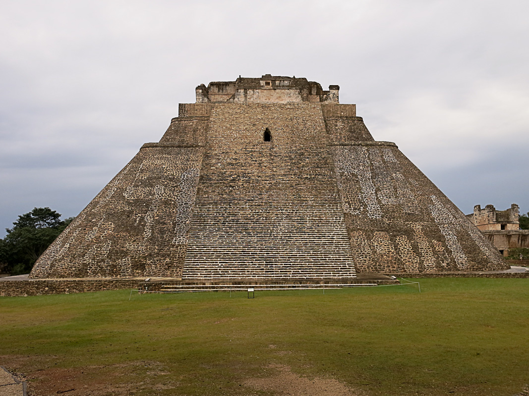 Uxmal - Pyramide des Wahrsagers